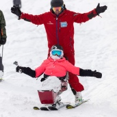 Look no hands! Kate & Charlie in Myoko